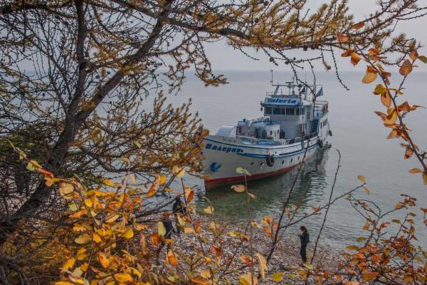 foto-taucher-fotografie-baikalsee-dive-boat-valeriya25EEBDCC-26E0-E488-9BFB-9541AF8ED066.jpg