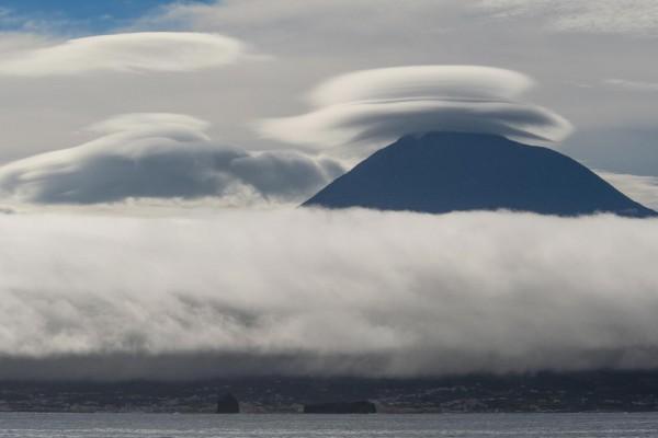 foto-taucher-fotografie-azoren-pico-vulkanE3A20E93-D30E-FD53-20A9-3C18DA8FCA5C.jpg